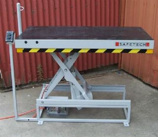 Light Weight Scissor Lift